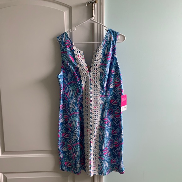 NWT Lilly for target shift